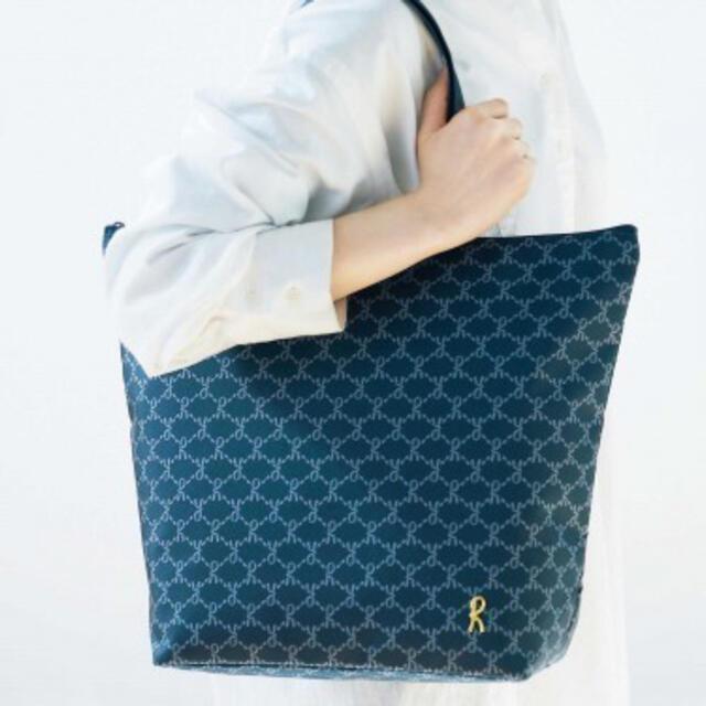 ROBERTA DI CAMERINO(ロベルタディカメリーノ)のロベルタディカメリーノ  雑誌付録 保冷バッグ2個セット レディースのバッグ(トートバッグ)の商品写真