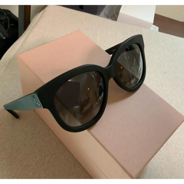 LOEWE(ロエベ)のROEWE ロエベ ベルベットマット サングラス RAY-BAN型 美品 レディースのファッション小物(サングラス/メガネ)の商品写真