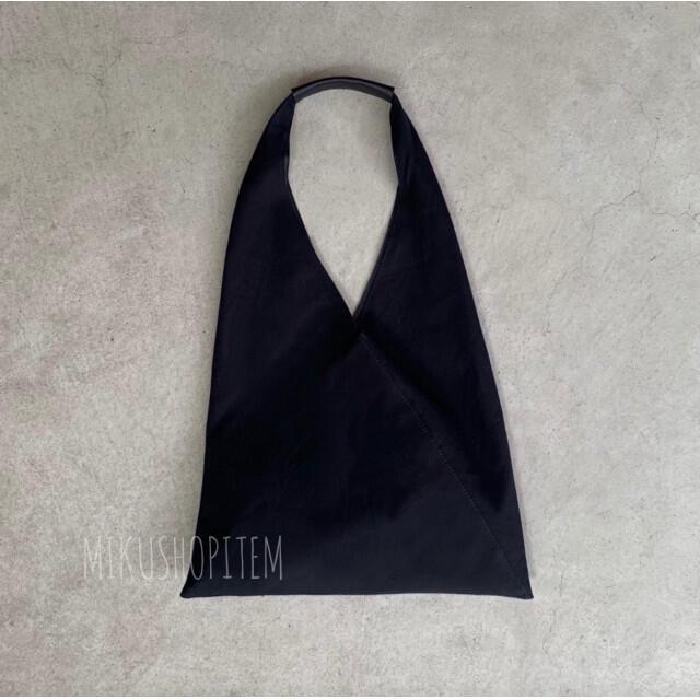 IENA SLOBE(イエナスローブ)のトライアングル ショルダーバッグ レディース トートバッグ ブラック モード 黒 レディースのバッグ(ショルダーバッグ)の商品写真