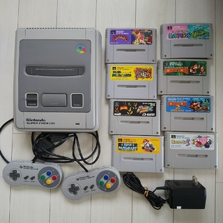スーパーファミコン(スーパーファミコン)のスーパーファミコン ソフト8本つき(家庭用ゲーム機本体)