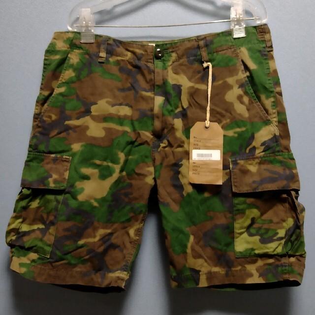 TENDERLOIN(テンダーロイン)のTENDERLOIN テンダーロインカモ カーゴショーツS 迷彩 ショーツ  メンズのパンツ(ショートパンツ)の商品写真