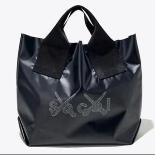 サカイ(sacai)のsacai x KAWS Print Tote Bag 会場限定 トートバッグ(トートバッグ)