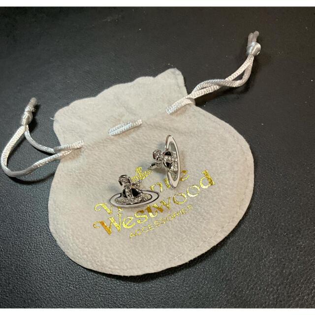 Vivienne Westwood(ヴィヴィアンウエストウッド)の【新品】vivienne Westwood 両耳 ピアス レディースのアクセサリー(ピアス)の商品写真