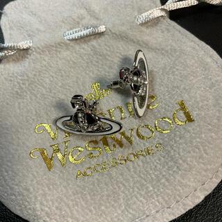 Vivienne Westwood - 【新品】vivienne Westwood 両耳 ピアス