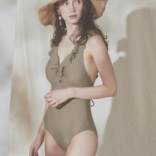 titivate - sea dress Vカットショルダーフリルワンピース