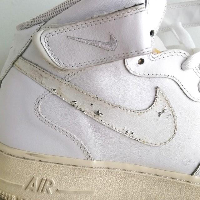 NIKE(ナイキ)のNIKE AIR FORCE1 MID '07 ホワイト エアーフォース1 メンズの靴/シューズ(スニーカー)の商品写真