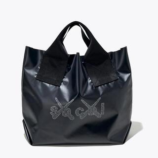 sacai -  KAWS TOKYO  sacai x KAWS Print Tote Bag