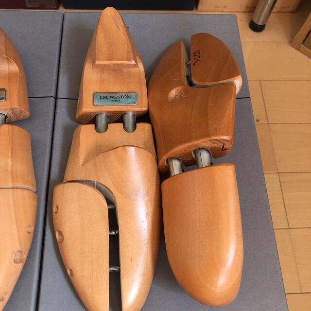 J.M. WESTON(ジェーエムウエストン)のJ.M.WESTON J.M.ウエストン 純正シューツリー 7サイズ 022L メンズの靴/シューズ(ドレス/ビジネス)の商品写真