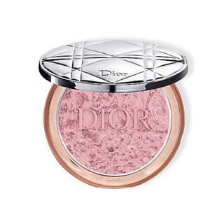 ディオール(Dior)のDior ディオールスキンミネラルヌードグロウパウダー 01ブルーミングガーデン(フェイスパウダー)