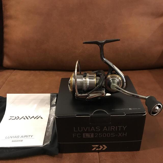 DAIWA(ダイワ)の【新品未使用】ダイワ 21ルビアスエアリティ FC LT2500S-XH スポーツ/アウトドアのフィッシング(リール)の商品写真