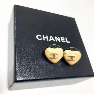 CHANEL - 正規品 刻印あり CHANEL シャネル ピアス ココ ハート パール クリーム