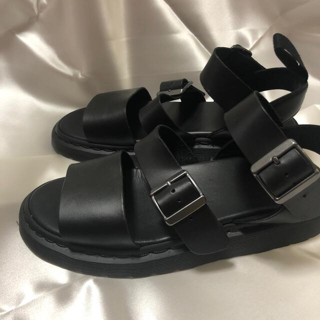 Dr.Martens(ドクターマーチン)のお値下げ!【Dr.Martens/ドクターマーチン】GRYPHON:サンダル◆ メンズの靴/シューズ(サンダル)の商品写真
