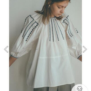 Ameri VINTAGE - CLANE SMOCK EMBROIDERY PUFF TOPS