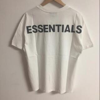 FEAR OF GOD - サイズM黒反射光りロゴ fog?essentials Tシャツ