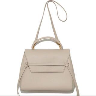 ミラオーウェン(Mila Owen)のMilaOwen ミラオーウェン タイデザインハンドバッグ(ハンドバッグ)