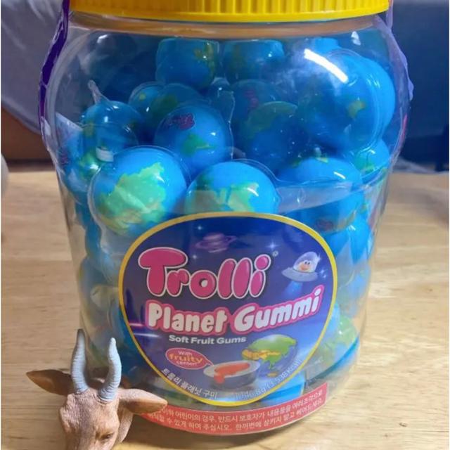 グミッツェルとTrolli2個 食品/飲料/酒の食品(菓子/デザート)の商品写真