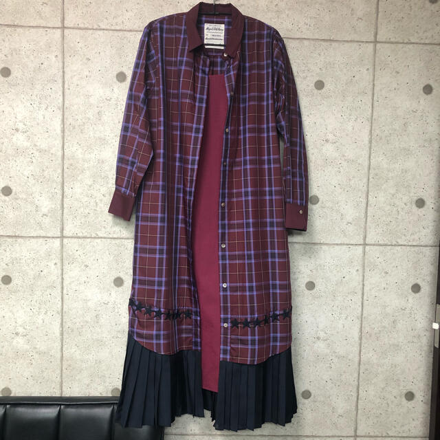 CONVERSE(コンバース)の【CONVERSE TOKYO×MUVEIL】裾プリーツワンピース レディースのワンピース(ロングワンピース/マキシワンピース)の商品写真