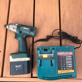 マキタ(Makita)のMakita マキタ インパクトドライバー 充電器 バッテリー ジャンク品(工具)