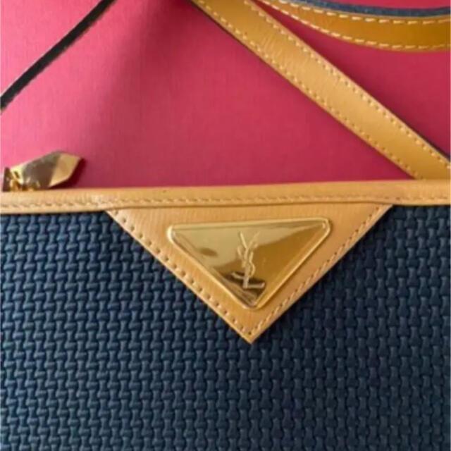 Yves Saint Laurent Beaute(イヴサンローランボーテ)のイヴ・サンローラン ヴィンテージショルダー レディースのバッグ(ショルダーバッグ)の商品写真