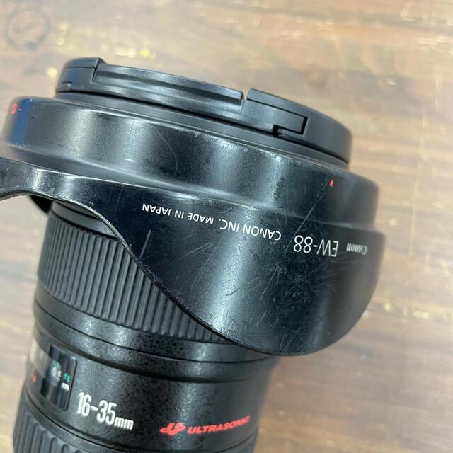 Canon(キヤノン)のCanon EF 16-35mm F2.8L II USM  スマホ/家電/カメラのカメラ(レンズ(ズーム))の商品写真