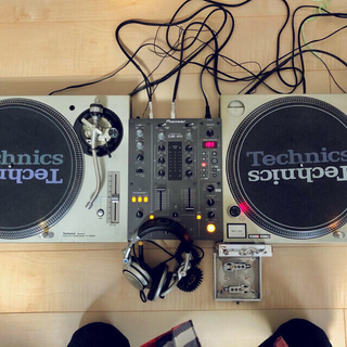 TECHNOS - DJセットSL-1200MK5,MK3 /DJM-400