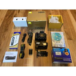 Nikon - 新品同様 Nikon D600 新品バッテリーグリップ、リモートコントロール付