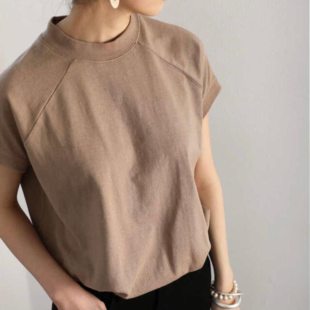 classicalelf Tシャツ 新品 レディースのトップス(Tシャツ(半袖/袖なし))の商品写真