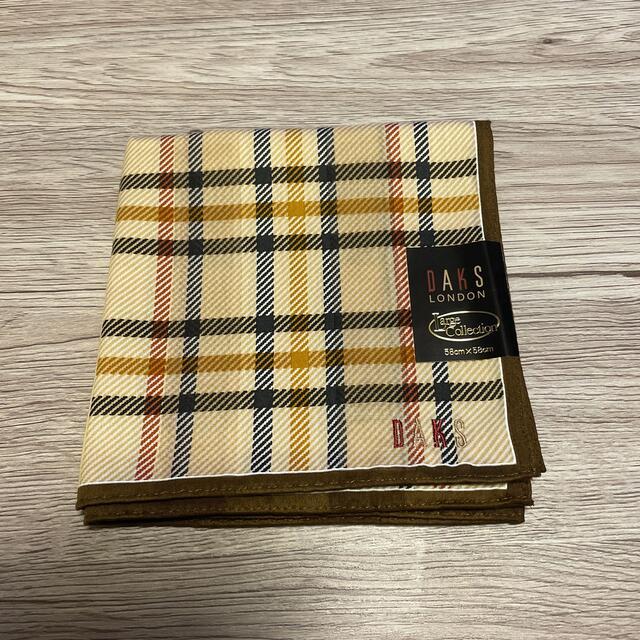 DAKS(ダックス)のDAKS大判ハンカチ レディースのファッション小物(ハンカチ)の商品写真