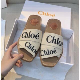 Chloe サンダル