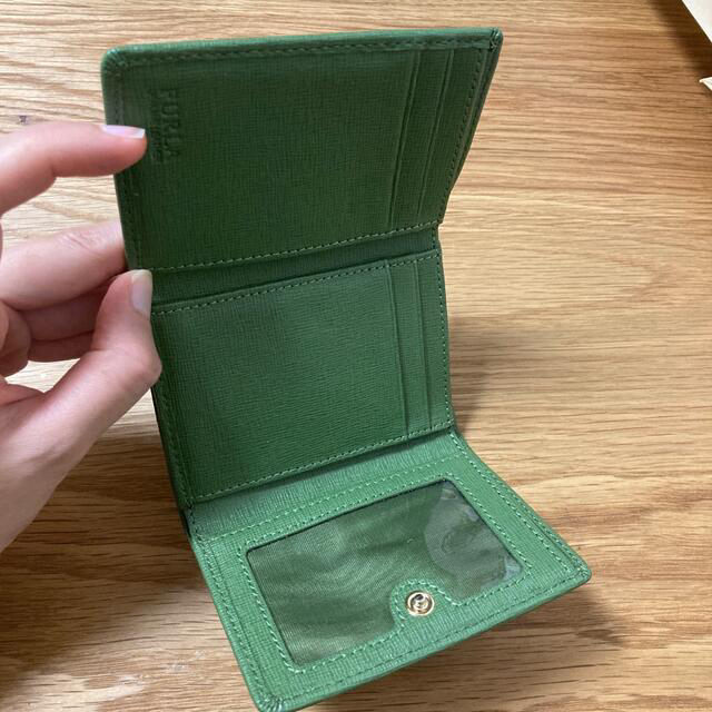 Furla(フルラ)のFURLA  グリーン ミニ財布 三つ折り レディースのファッション小物(財布)の商品写真