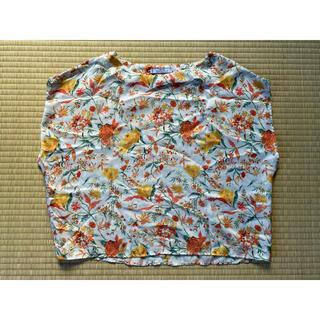 マンゴ(MANGO)のmango マンゴー 花柄トップス(カットソー(半袖/袖なし))
