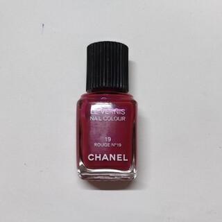 CHANEL - CHANEL シャネル  ROUGE  N°19