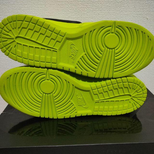 NIKE(ナイキ)の【25cm】NIKE ダンク HIGH x アンブッシュ フラッシュライム メンズの靴/シューズ(スニーカー)の商品写真