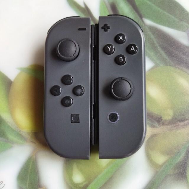 Nintendo Switch(ニンテンドースイッチ)のNintendo Switch Joy-Con ジョイコン 人気色グレー エンタメ/ホビーのゲームソフト/ゲーム機本体(家庭用ゲーム機本体)の商品写真