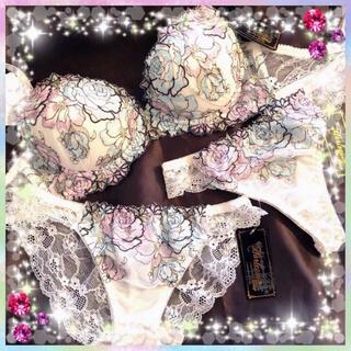 PEACH JOHN - ラメ入り薔薇★エメフィール ピーチジョン系  ブラジャー ブラC70 ショーツM