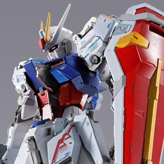 BANDAI(バンダイ)のメタルビルド ストライクガンダム -METAL BUILD 10th Ver.- エンタメ/ホビーのおもちゃ/ぬいぐるみ(模型/プラモデル)の商品写真