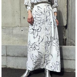 Ameri VINTAGE - アンジェム花柄スカート