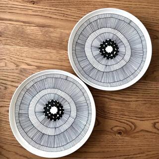 マリメッコ(marimekko)のマリメッコ シイルトラプータルハ プレート 25cm 2枚(食器)
