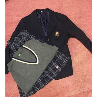 女子高校制服(衣装一式)