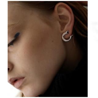 トゥデイフル(TODAYFUL)のgoldcurb design earring  クリップイヤリング ゴールド(イヤリング)