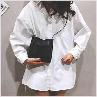 【大人気】 ミニショルダーバッグ お財布バッグ ウォレットバッグ ポーチ 黒