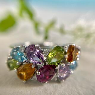 鮮やかなビジュー   ダイヤモンド   リング