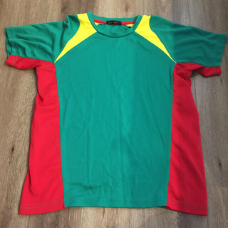 GU - G Uスポーツ Tシャツ Sサイズ 160センチ