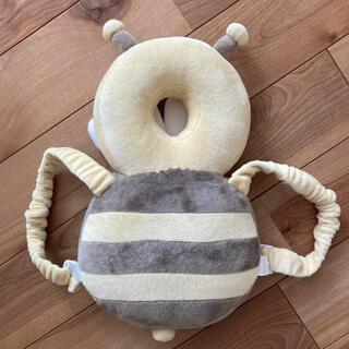 赤ちゃん 転倒防止 クッション ミツバチ