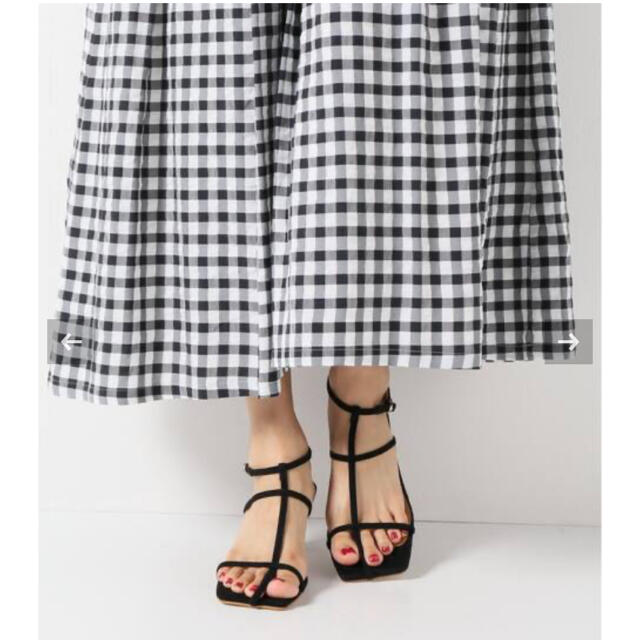 IENA(イエナ)の⭐︎IENA スエードストラップサンダル⭐︎ レディースの靴/シューズ(サンダル)の商品写真
