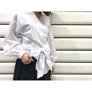 ENFOLD - 【ブレンヘイムBLENHEIM】リボンカシュクールシャツ 日本製