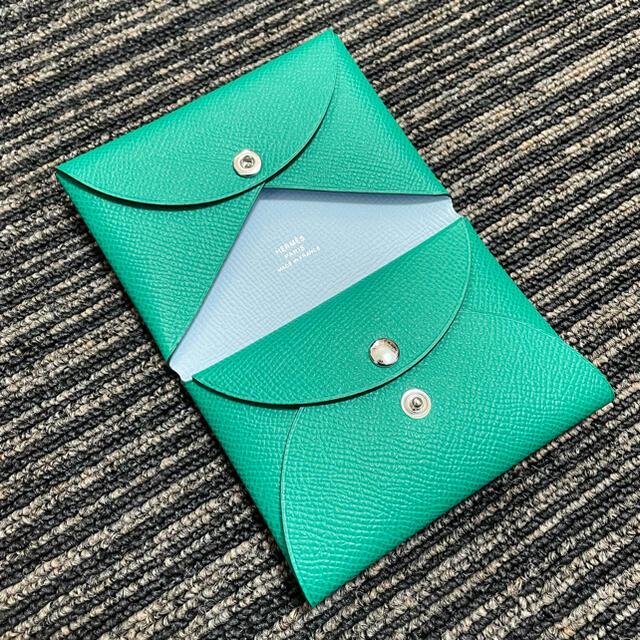 Hermes(エルメス)の新品未使用 エルメス HERMES カルヴィデュオ ヴェルソ レディースのファッション小物(財布)の商品写真