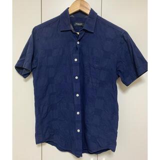 ブラックレーベルクレストブリッジ(BLACK LABEL CRESTBRIDGE)のBlack Label CRESTBRIDGE 男性用の濃紺シャツ サイズM(シャツ)