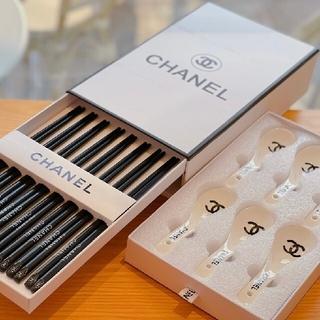 ♥シャネル木材の箸 陶磁の匙 食器のセット