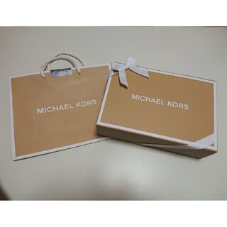 マイケルコース(Michael Kors)の【美品】マイケルコース 箱 ギフトボックス ショッパー セット(ショップ袋)